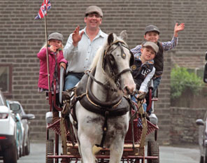holmfirth horse and carraige rides private functions